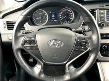 Picture of 2017 Hyundai Sonata SE Mileage:20,439