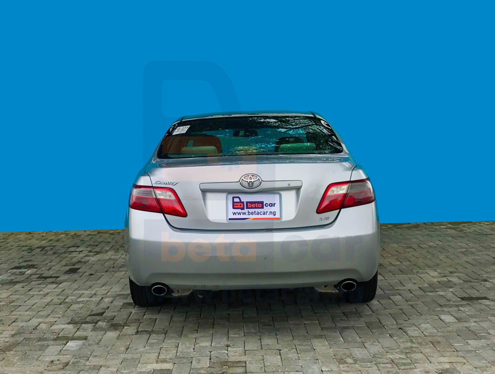 -0001038 2007 toyota camry mileage150463 1000-Top 5 Cars for First-Time Buyers